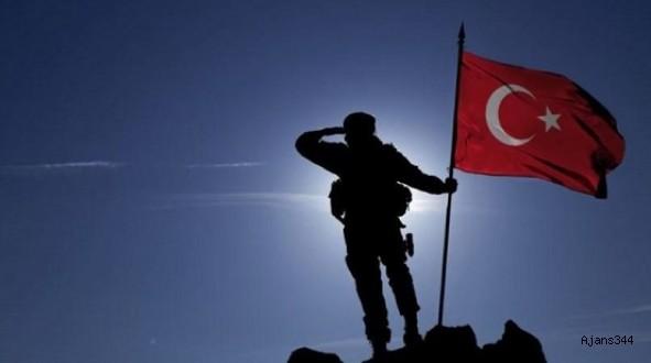 AK Parti ve CHP'den askerlik açıklaması