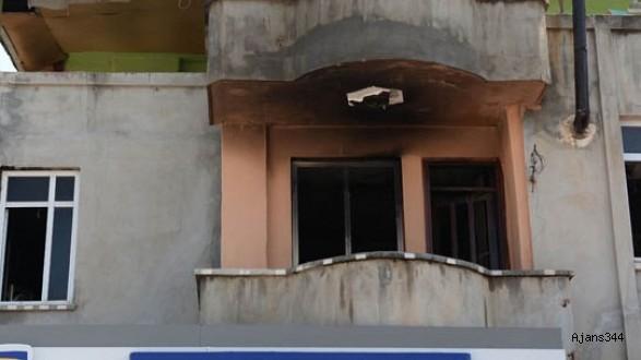 Annesine kızdı evi ateşe verdi