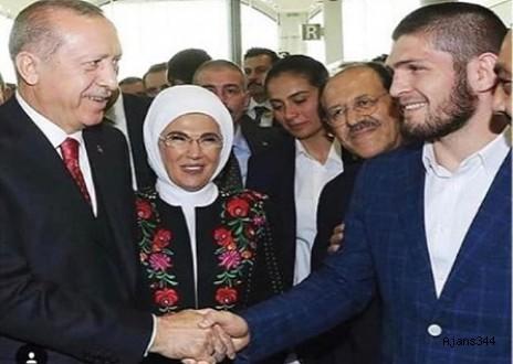 Başkan Erdoğan, Khabib'in Fotoğrafını Beğendi