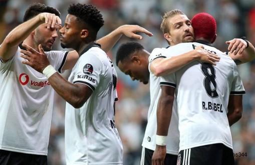 Beşiktaş Yabancılarıyla Güldü: 2-1