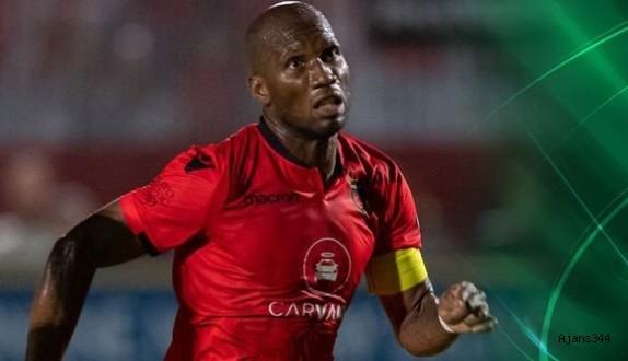 Drogba futbolu bıraktı!