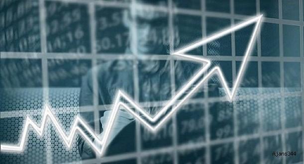 Ekonomik güven endeksi 3 ay sonra yükseldi