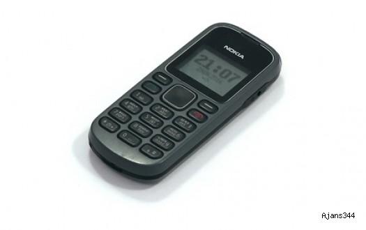 Eski Cep Telefonları, Şaşırtıcı Bir Şekilde Yok Satıyor