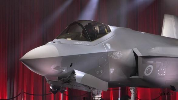 İlk F-35 teslim alındı!