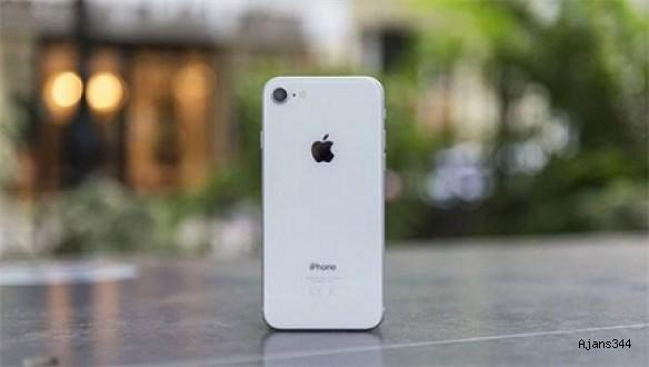 iPhone XC, sızıntıları ortaya çıktı!