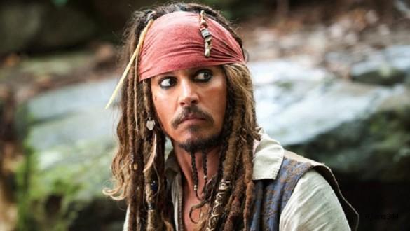Johnny Depp'siz geri dönüyor