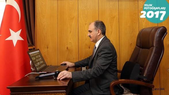 Kahramanmaraş Valisi Özkan AA'nın oylamasına katıldı