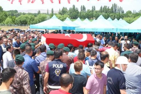 Kahramanmaraş 'YİĞİDİNİ' toprağa verdi