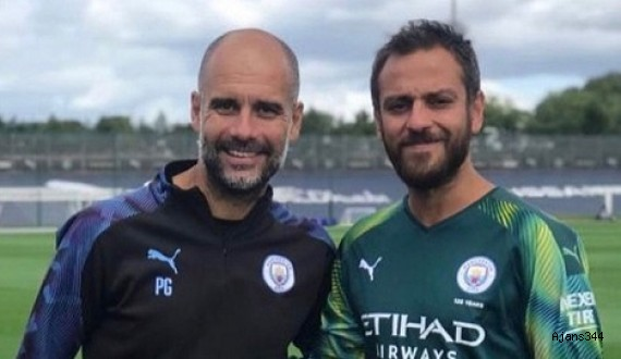 Köstendil Manchester City antrenmanında