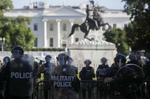Protestoculara plastik mermiyle müdahale